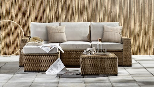 Lounging & relaxing furniture
