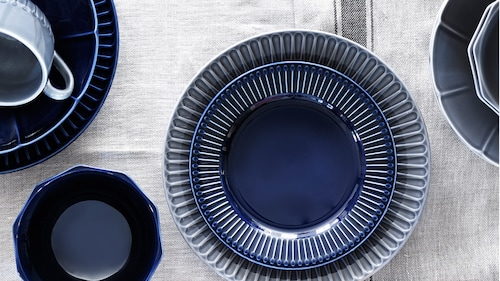 الأطباق