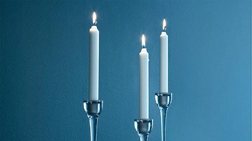 Lumânări neparfumate