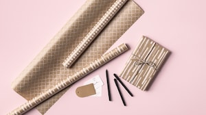 Wrapping paper & gift bags