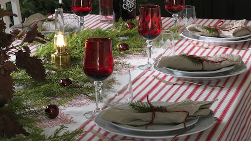 Holiday tableware