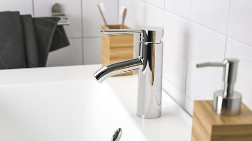 Bathroom taps & faucets