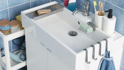 Wash-basins & taps